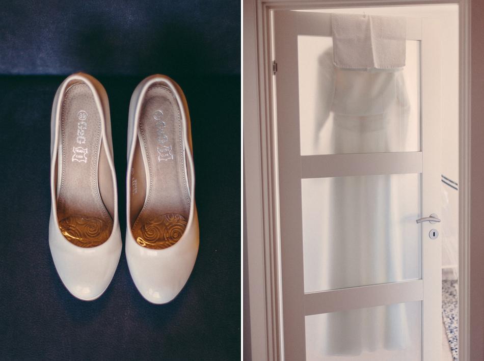 Buty i suknia wisząca na drzwiach w domu młodych