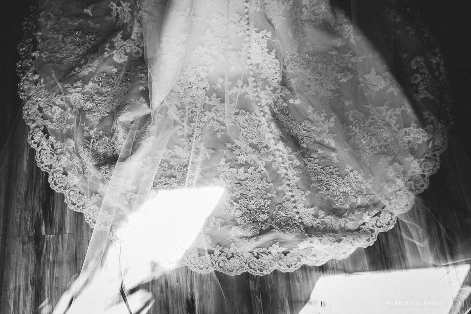 suknia ślubna w słońcu - fotoreportaż ślubny